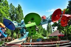 Parkanziehungskräfte und Unterhaltung Sunny Island in Krasnodar lizenzfreie stockfotos