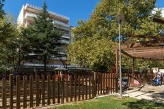 Parken Sie in der Stadt von Alexandroupoli, von Ost-Mazedonien und von Thrakien, Griechenland Lizenzfreie Stockfotografie