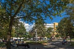 Parken Sie in der Stadt von Alexandroupoli, von Ost-Mazedonien und von Thrakien, Griechenland Stockfotografie
