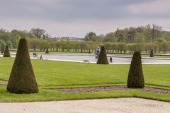 Parken Sie nahe bei königlichem Jagdschloss in Fontainebleau, Frankreich Lizenzfreies Stockfoto