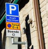 Parken trifft Zeichen Vorsorge Lizenzfreie Stockbilder