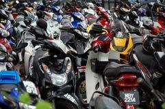 Parken von Motorrädern Stockfotografie