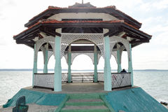 Parkera av La Punta i Cienfuegos, Kuba Arkivfoto