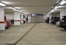 parkera bilen i garage parkering Arkivbild