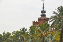 Parkera Ciutadella, Barcelona Catalonia Spanien Castell delsTres drakar - den modernistiska slotten för stilarkitekturbyggnad pla Royaltyfria Foton