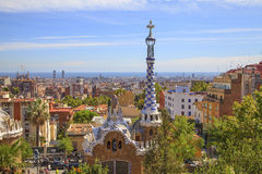 Parkera Güell (parkera Guell), i Barcelona Royaltyfria Bilder