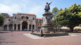 Parkera kolonfyrkanten och domkyrkan av Santo Domingo, Arkivbild