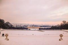 Parkera och förlägga Schönbrunn Wien Royaltyfri Bild