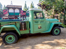 Parkera servicelastbilen, grisslybjörnmaximumet, det Disney Kalifornien affärsföretaget parkerar Royaltyfria Bilder