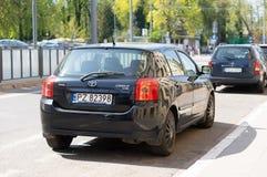 parkerad bil arkivfoto