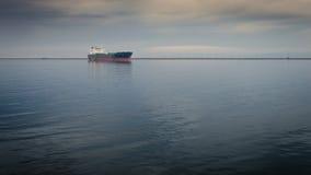 Parkerad tankfartygpråm Fotografering för Bildbyråer