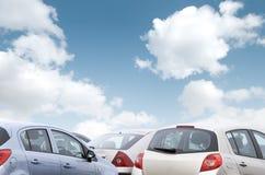 parkerade bilar Arkivbild