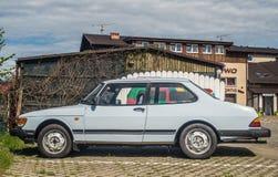 Parkerade gamla Saab 90 Royaltyfri Bild