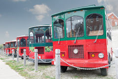 Parkerade turist- bussar Arkivbild