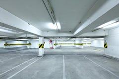 Parkerande garage Royaltyfria Bilder