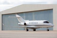 parkerat flygplan royaltyfri foto