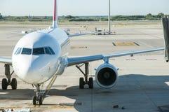 parkerat flygplan royaltyfria foton