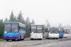 Parkeren van de interlokale bussen stock afbeelding
