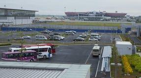 Parkeringshusområde på Noi Bai den internationella flygplatsen Arkivbild