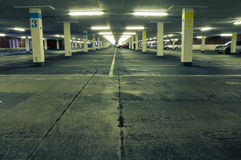 parkeringshustunnelbana Arkivfoto