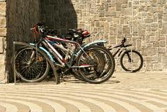 Parkeringsplats för cyklar Fotografering för Bildbyråer