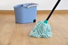 Parket het schoonmaken stock foto