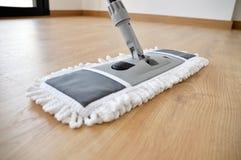 Parket het schoonmaken stock foto's