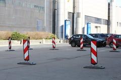 parking Крюковина препоны на правильной стороне стоковые фотографии rf