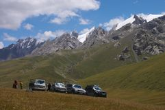 Parking. Car expedition to Kyrgiz mountains. Standing in the way Royalty Free Stock Photos