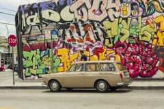 Parking classique dans le secteur de Wynwood, painte de graffiti de fond Photo stock