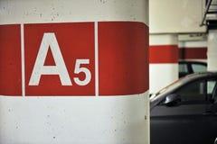Parking d'intérieur Photographie stock libre de droits