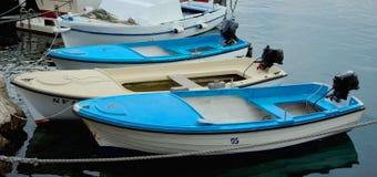Parking łodzie w schronieniu Obraz Stock
