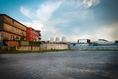 Parking and old factory building in Bangkok Royalty Free Stock Photography