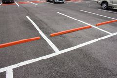 Parking ou zone de stationnement extérieur Photographie stock