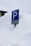 parking samochodowy błękitny znak Fotografia Stock