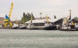 Parking tugboats w porcie morskim Burgas, Bułgaria Obraz Royalty Free