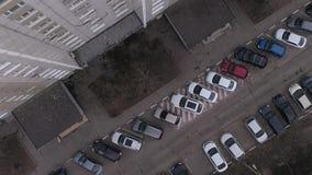 Parkings dans le secteur de dortoir clips vidéos