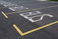 Parkings sur le parking photo libre de droits