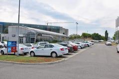 Parkować nowych samochody Obraz Stock