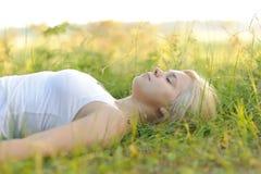 parkowa odpoczynkowa kobieta Obrazy Stock
