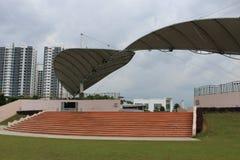 Parkowy Betonowy miejsca siedzące Zdjęcie Royalty Free