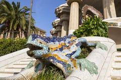 Parkowy Guell Uroczysty schody z mozaika jaszczurem, Barcelona Zdjęcie Royalty Free