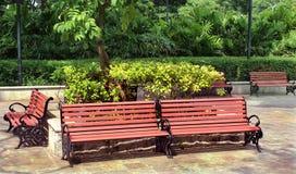 Parkowych ławek krajobraz Zdjęcia Royalty Free
