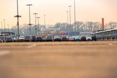 Parkplatz draußen lizenzfreie stockbilder