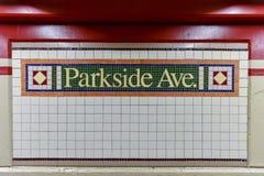 Parkside-Alleen-U-Bahnstation - NYC Stockbilder