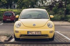 Parkujący Volkswagen Beetle obraz stock