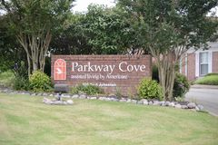 Parkway Cove Assisted Living by Americare, Covington Tennessee. Parkway Cove Assisted Living Nursing Home for the sick and Rehabilitation Center, Covington, TN stock images
