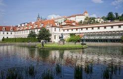 Parlament Gebäude und Park, Prag lizenzfreies stockfoto