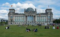 Parlament Reichstag Berlin Reichskuppel i zatracenie obrazy royalty free