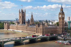 Parlamentbyggnad och stora Ben London England Arkivbild